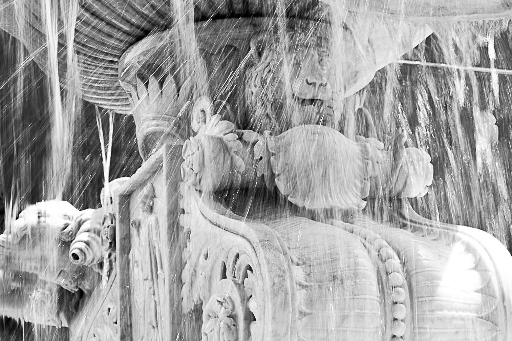 Fontana dell'Amenano, Catania - Il fiume di Catania, che cè e che non cè..